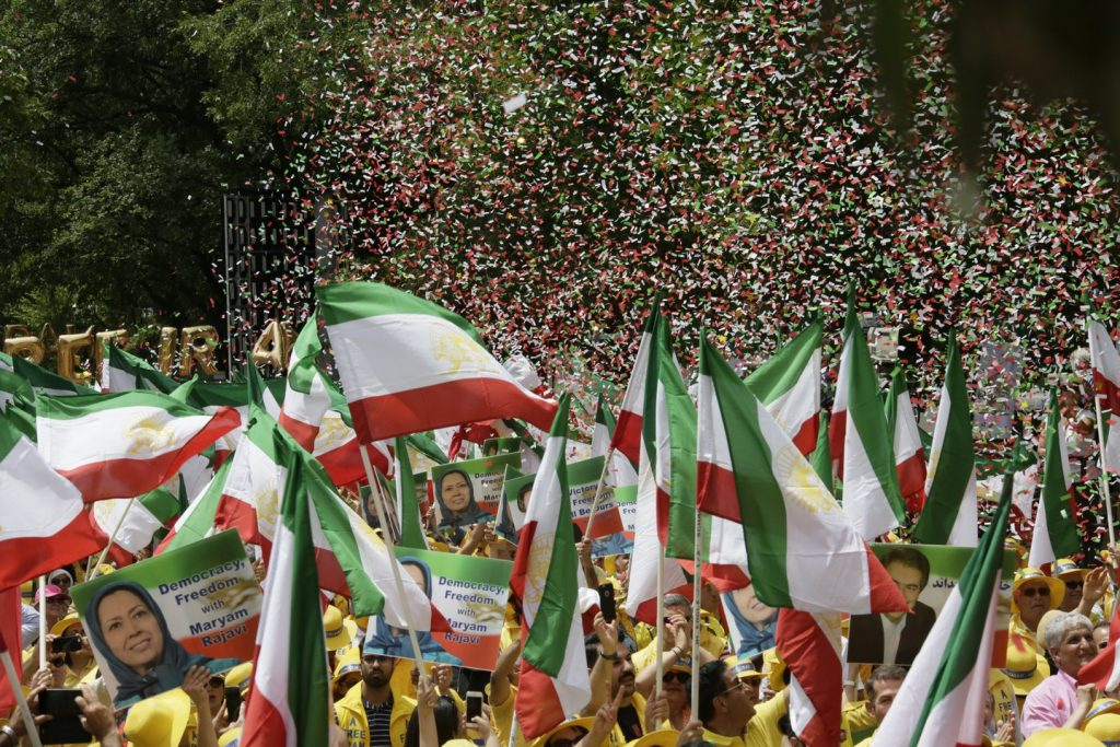 Solidarity March 2019 - Confettis flying - Iranian American Communities Solidarity March with Iranian People for Regime Change - June 21, 2019 - Washington DC across DOS (23)
