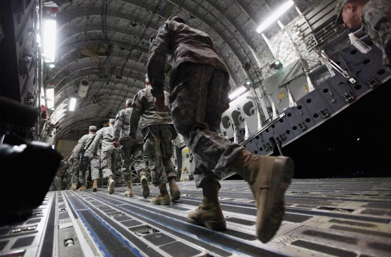 Soldiers leaving Iraq