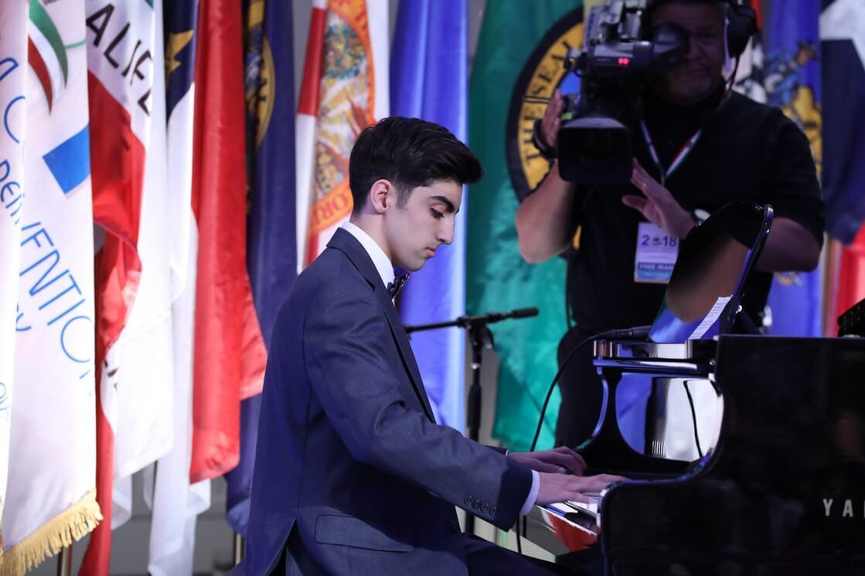 Reza Nemovi, Pianist