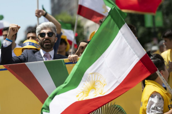 Iranian Americans Rally for Regime Change