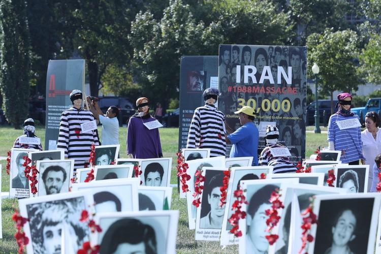 15_.OIAC Iran Human Rights Exhibition, U.S. Capitol Hill, Sept 12, 2019.JJPG