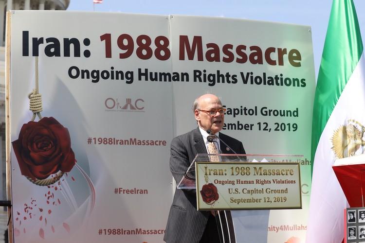 21_Congressman Steve Cohen at OIAC Iran Human Rights Exhibition, U.S. Capitol Hill, Sept 12, 2019.J